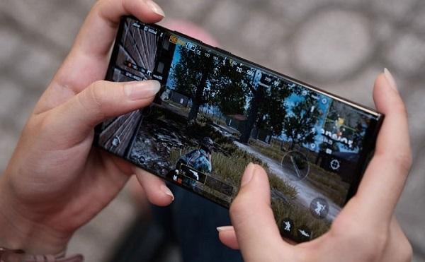 Chơi game liên tục sẽ gây nóng máy Samsung Note 20 Ultra