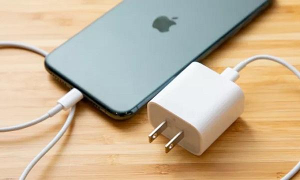 Sạc pin đúng cách sẽ bảo vệ điện thoại của bạn