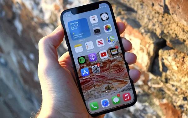 Xóa file trên điện thoại iPhone